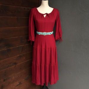 Dresses & Skirts - Vintage pleated peasant dress